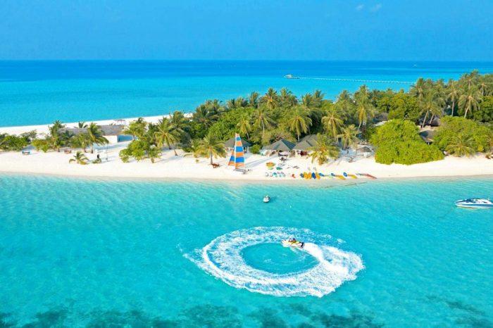 Maldive – Holiday Island****