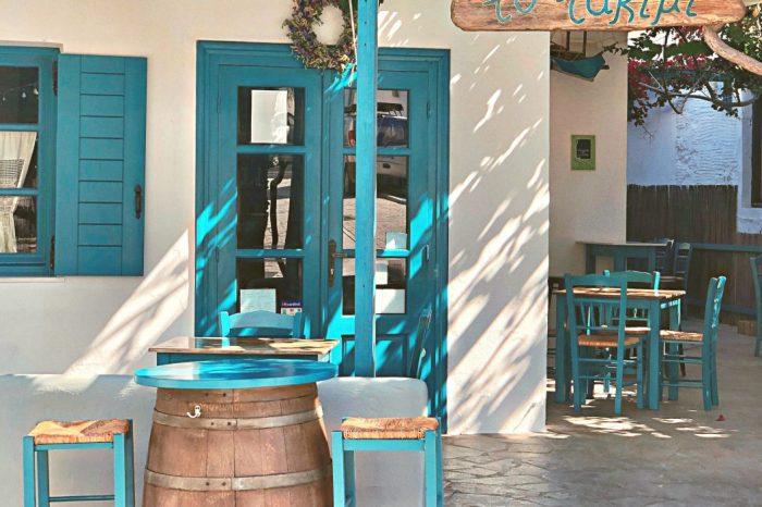 Speciale Paros, l'isola da Cartolina Estate Agosto  2021