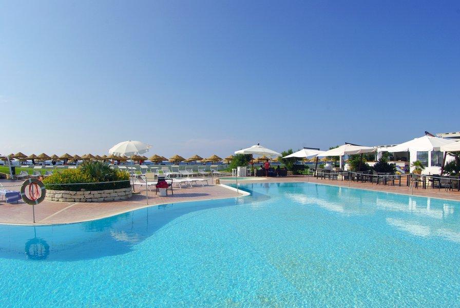 piscina BAIA DEI MULINI RESORT & SPA