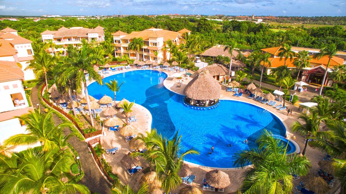 _Resort_Grand_Bahia_Principe_Turquesa_Beach_Resort